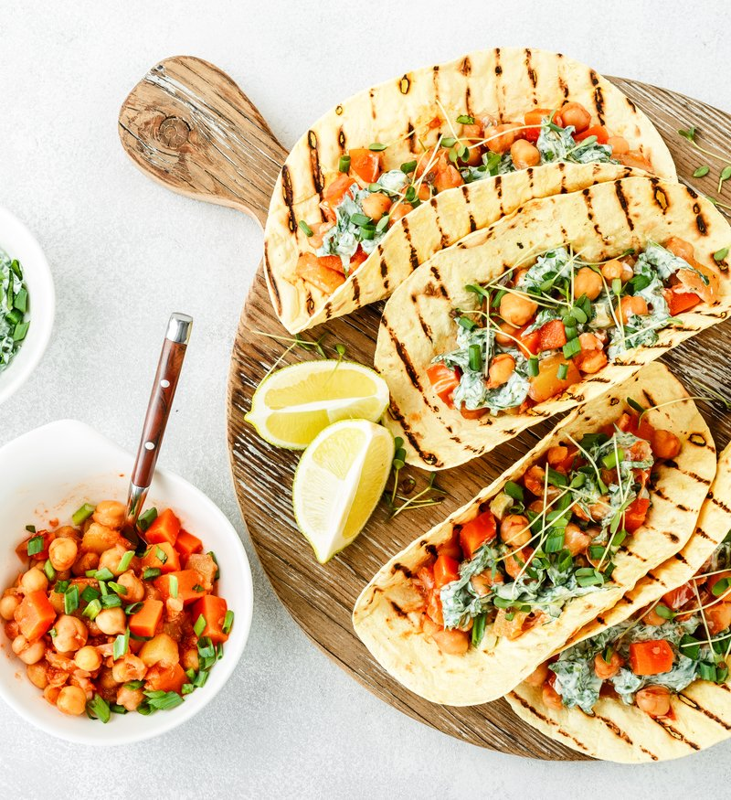 sheet pan greek chickpeas