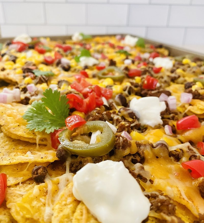 seriously easy and delicious sheet pan nachos
